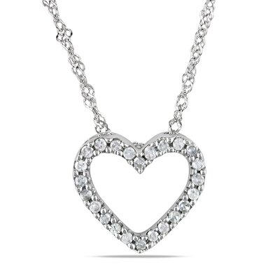 Amour Singapore Chain and Round Cut One Tenth of a Carat Diamonds Pendant
