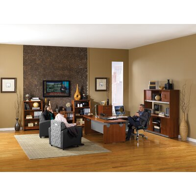 OFM Standard Desk Office Suite
