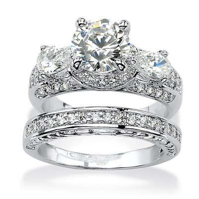 Round Cut Cubic Zirconia Bridal Ring Set
