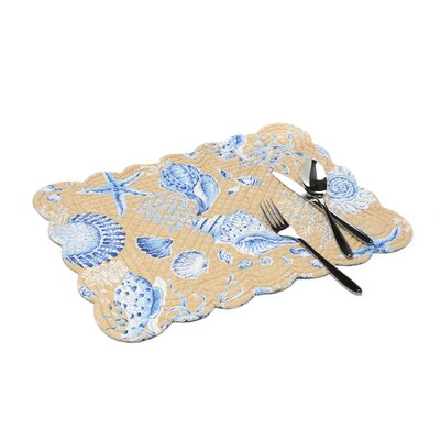 C & F Enterprises Seashells Quilted Scallop Placemat (Set of 4)