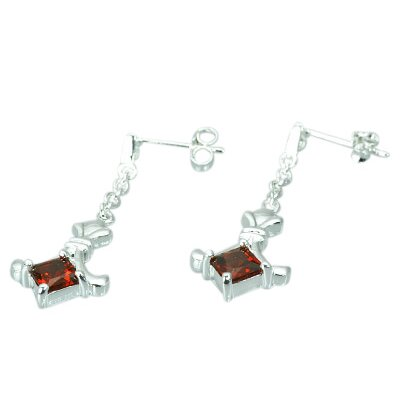 Oravo 1.50 Ct.T.W. Genuine Princess Cut Garnet Earrings in Sterling Silver