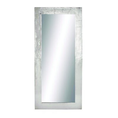 Attractive and Elegant Wall Mirror