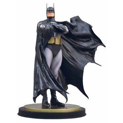 DC Batman The Dark Crusader Mini Statue