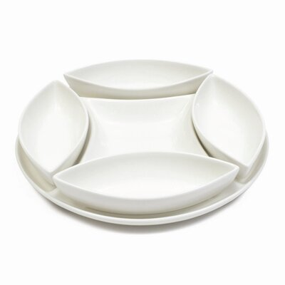 Maxwell & Williams White Basics Round Dinnerware Collection