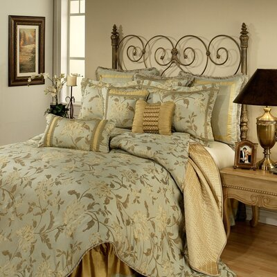 Savoy Bedding Collection