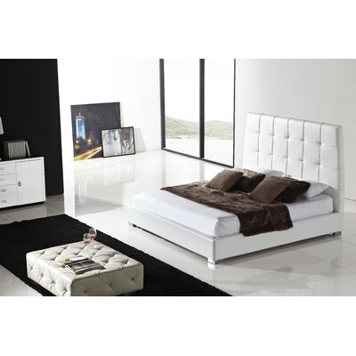 Casabianca Furniture Sorrento King Platform Bed