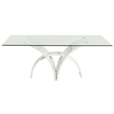 Casabianca Furniture Manhattan Dining Table