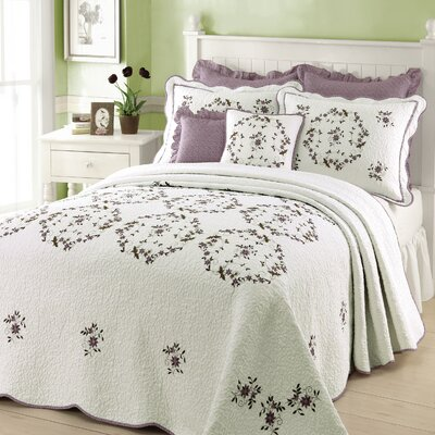 Peking Handicraft Gwen Bedding Collection