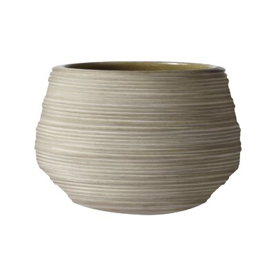 Lazy Susan USA Corrugated Ceramic Pot