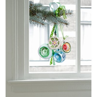 Oots Limited Christmas Edition Window Decals in Green