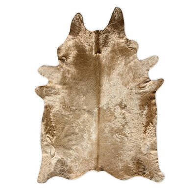 Pure Rugs Natural Cowhide Honey Rug