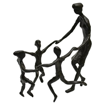 Vita V Home Mother and Children Figurine