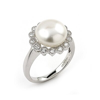 Cubic Zirconia / Freshwater Cultured Pearl Flower Ring