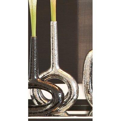 Global Views Keyhole Round Vase