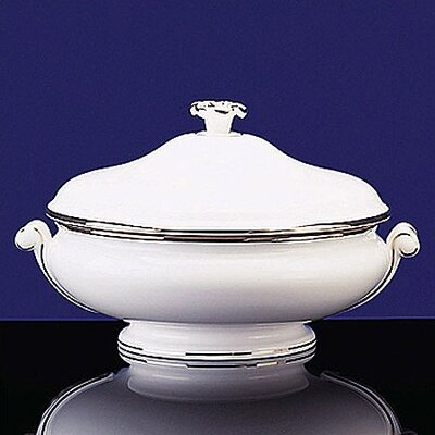 Wedgwood Sterling 48 oz. Covered Vegetable Dish