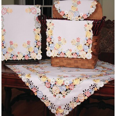 Spring Chicks Dining Linens Collection