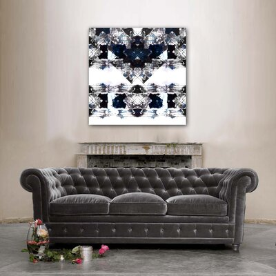 Oliver Gal ''Oeuvre'' Canvas Wall Art