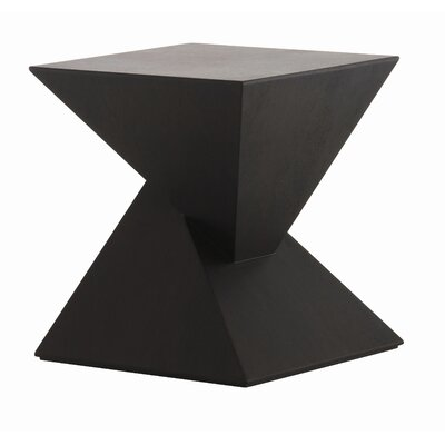 Nuevo Giza End Table