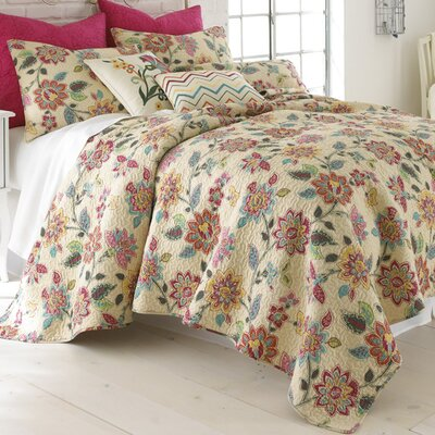 Chatelet Quilt Collection