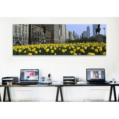 iCanvasArt Panoramic Grant Park, South Michigan Avenue, Chicago, Cook County, Illinois Photographic Print on Canvas