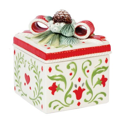 Winter White Holiday Lidded Box