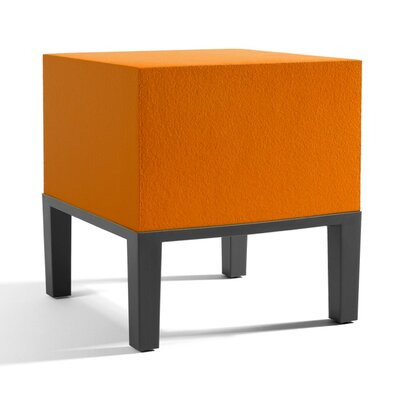 Primary Pouf 01