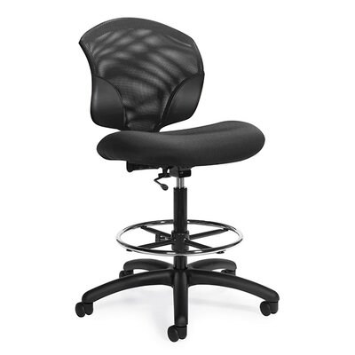 Global Total Office Tye Low-Back Mesh Pneumatic Task Chair with Arms