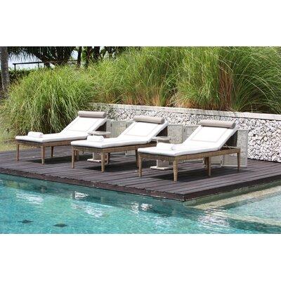 Dann Foley Wilshire Chaise Lounge with Cushion
