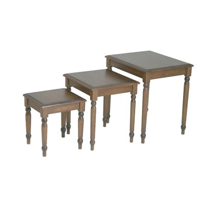 Knob Hill 3 Piece Nesting Tables