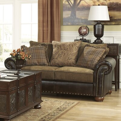 Fresia Loveseat