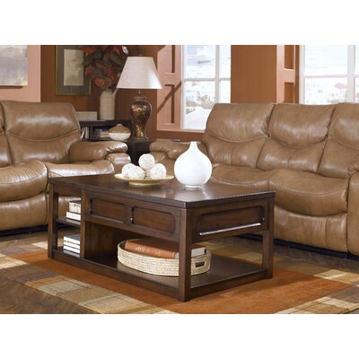 Signature Design by Ashley Kennebunk Coffee Table Set