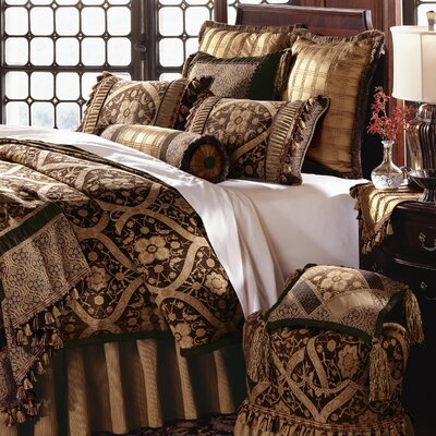 Eastern Accents Garnier Button-Tufted Bedding Collection