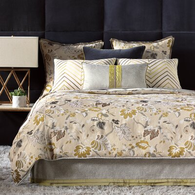 Eastern Accents Caldwell Bedding Collection