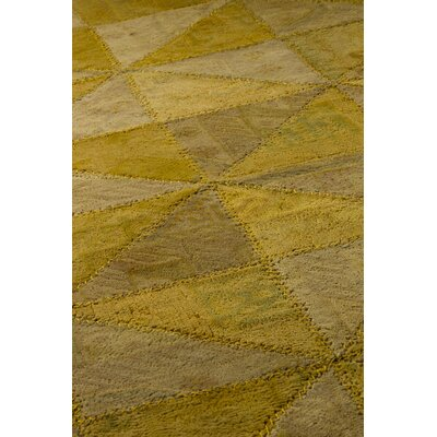 Hokku Designs Tile Viviana Light Gold Rug