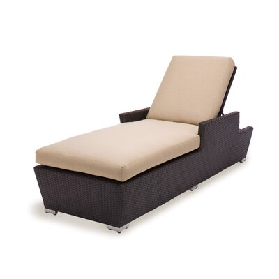 Caluco Maxime Single Chaise with Cushion