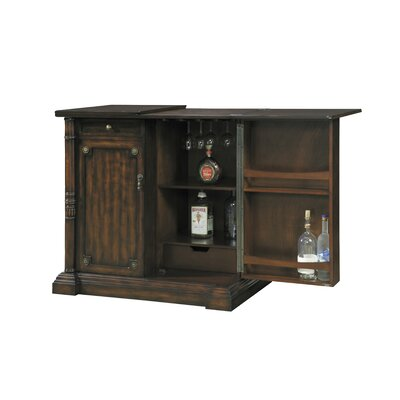 Pulaski Furniture Accent Bar
