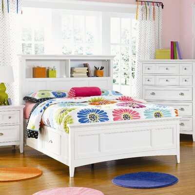 Magnussen Furniture Kenley Panel Bed