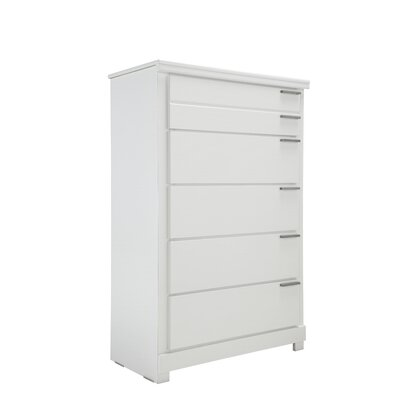 Standard Furniture Metropolitan 5 Drawer Chest