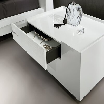 Diamond 1 Drawer Right Nightstand