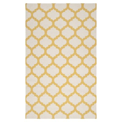 <strong>Surya</strong> Frontier White/Golden Yellow Rug