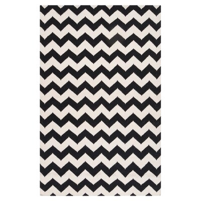 <strong>Surya</strong> Frontier Jet Black/Winter White Rug