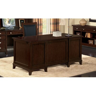 Wynwood Furniture Kennett Square Standard Desk Office Suite