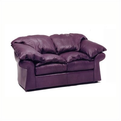 Distinction Leather Meridian Leather Loveseat
