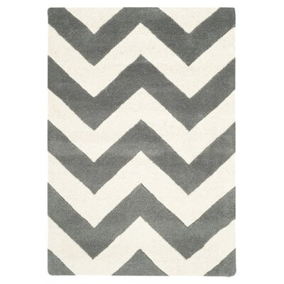 <strong>Safavieh</strong> Chatham Dark Grey/Ivory Chevron Rug