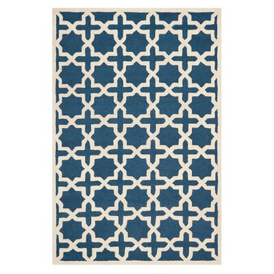 <strong>Safavieh</strong> Cambridge Navy Blue Rug