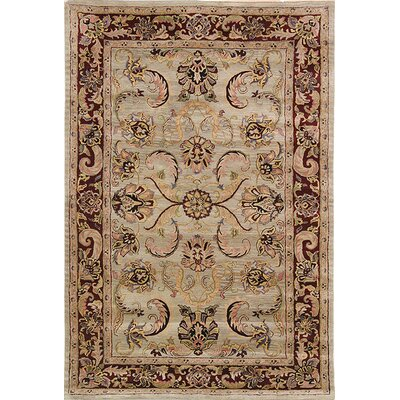 Safavieh Classic Light Green/Red Sarouk Rug