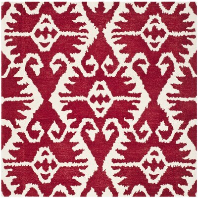 Safavieh Wyndham Red / Ivory Rug