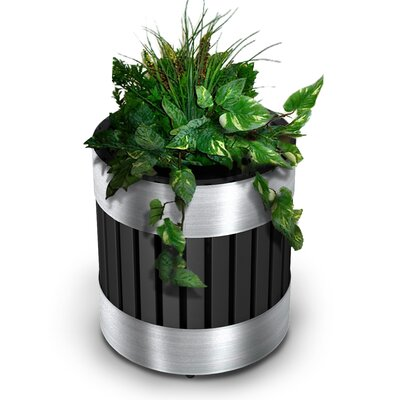 Commercial Zone Riverview Planter with Liner