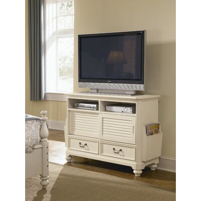 "Lea Industries Retreat 149 48"" TV Stand"
