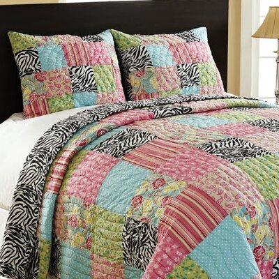 Amity Home Zebra Patchwork Quilt Set